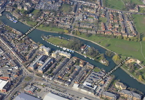 aerial photo of Frysland Reading Berkshire