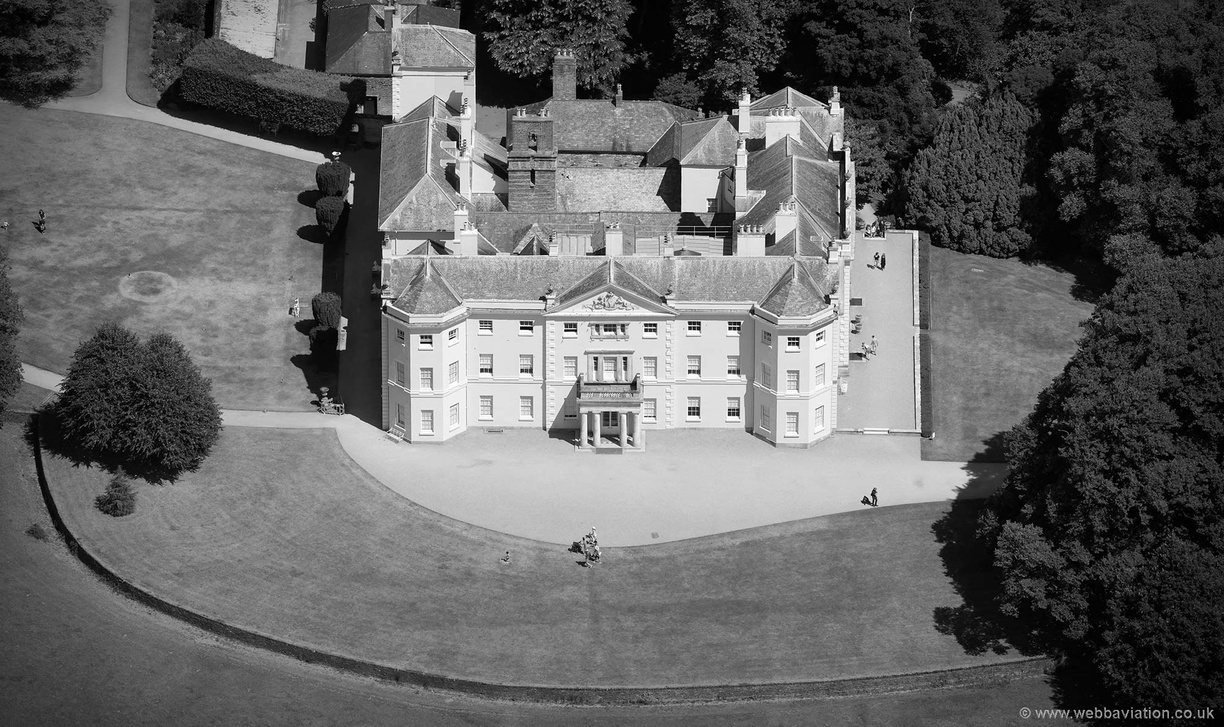 Saltram_House_md14424bw.jpg