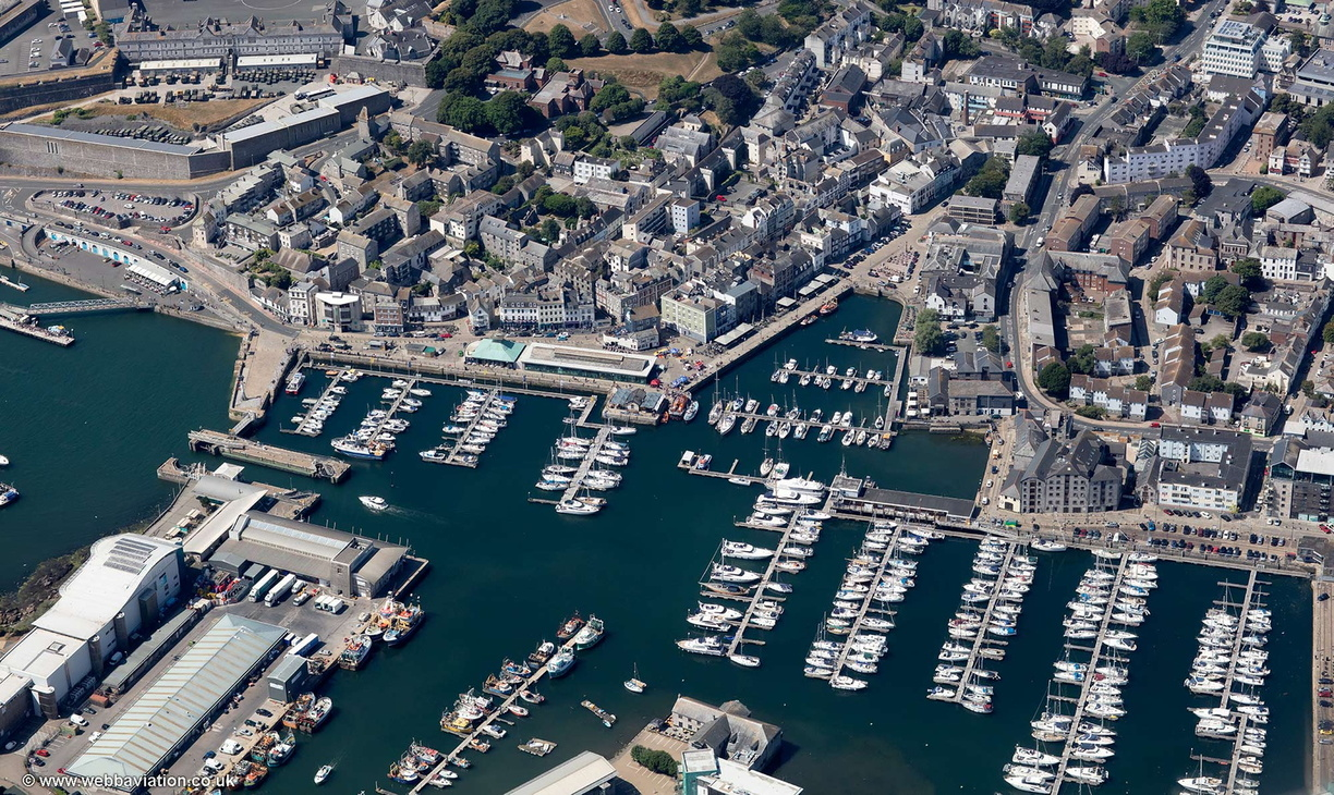 The_Barbican_Plymouth_md14260.jpg
