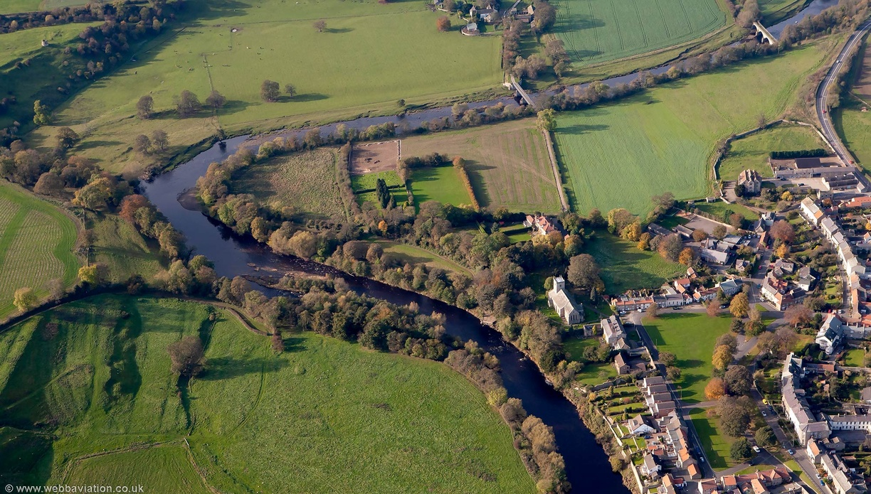 River Tees at Gainford from the air