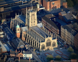 f Hull Minster ( Holy Trinity Church )  aerial photograph