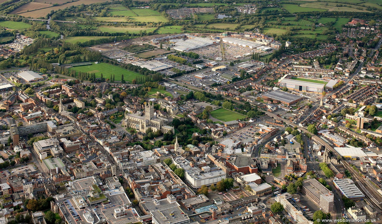 Gloucester_city_centre_eb31447.jpg
