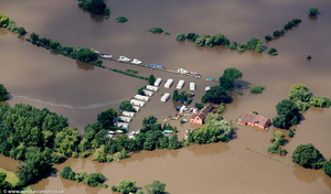 Coalhouse Inn &  Severnside caravan site & boat park Apperley  during the great River Severn floods of 2007 from the air