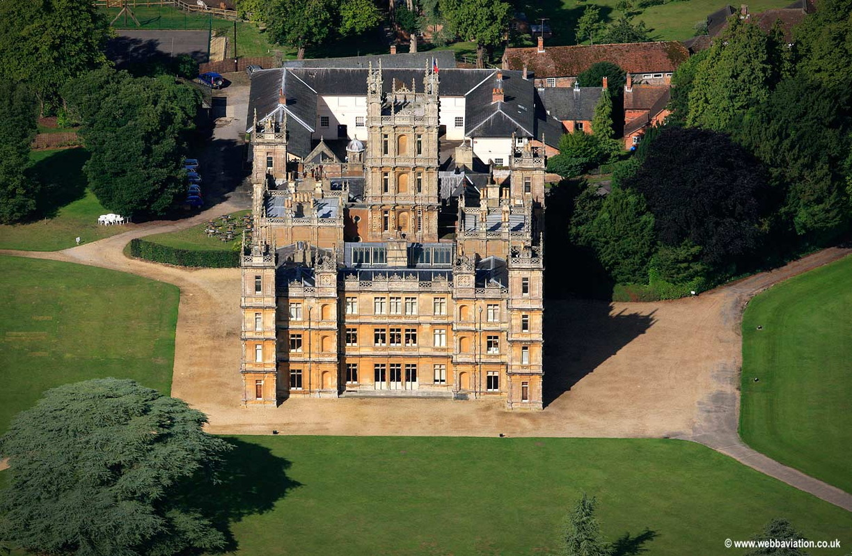 Highclere_Castle_eb24921.jpg