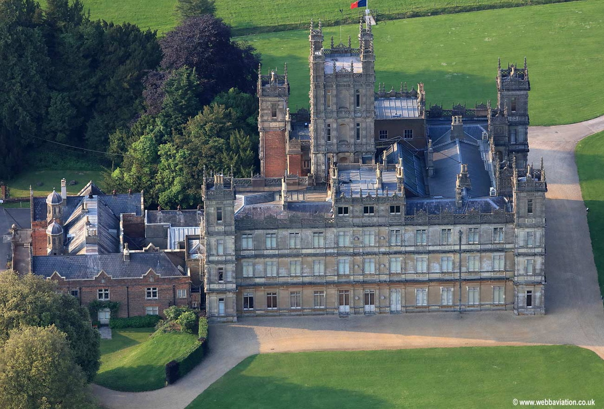 Highclere_Castle_kd06897a.jpg
