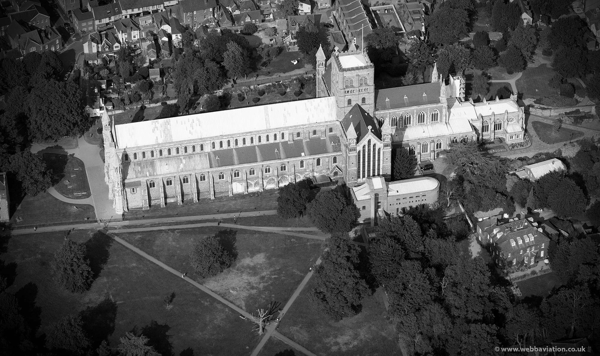 st_albans_cathedral_aa11138bw.jpg