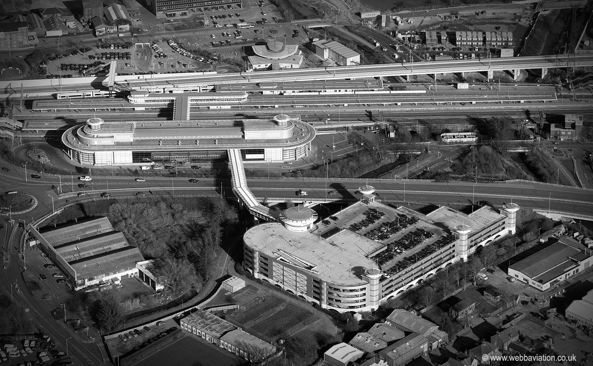 Ashford_International_Station_ba02638bw.jpg
