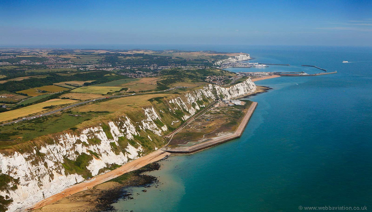 white_cliffs_of_Dover_da49152.jpg