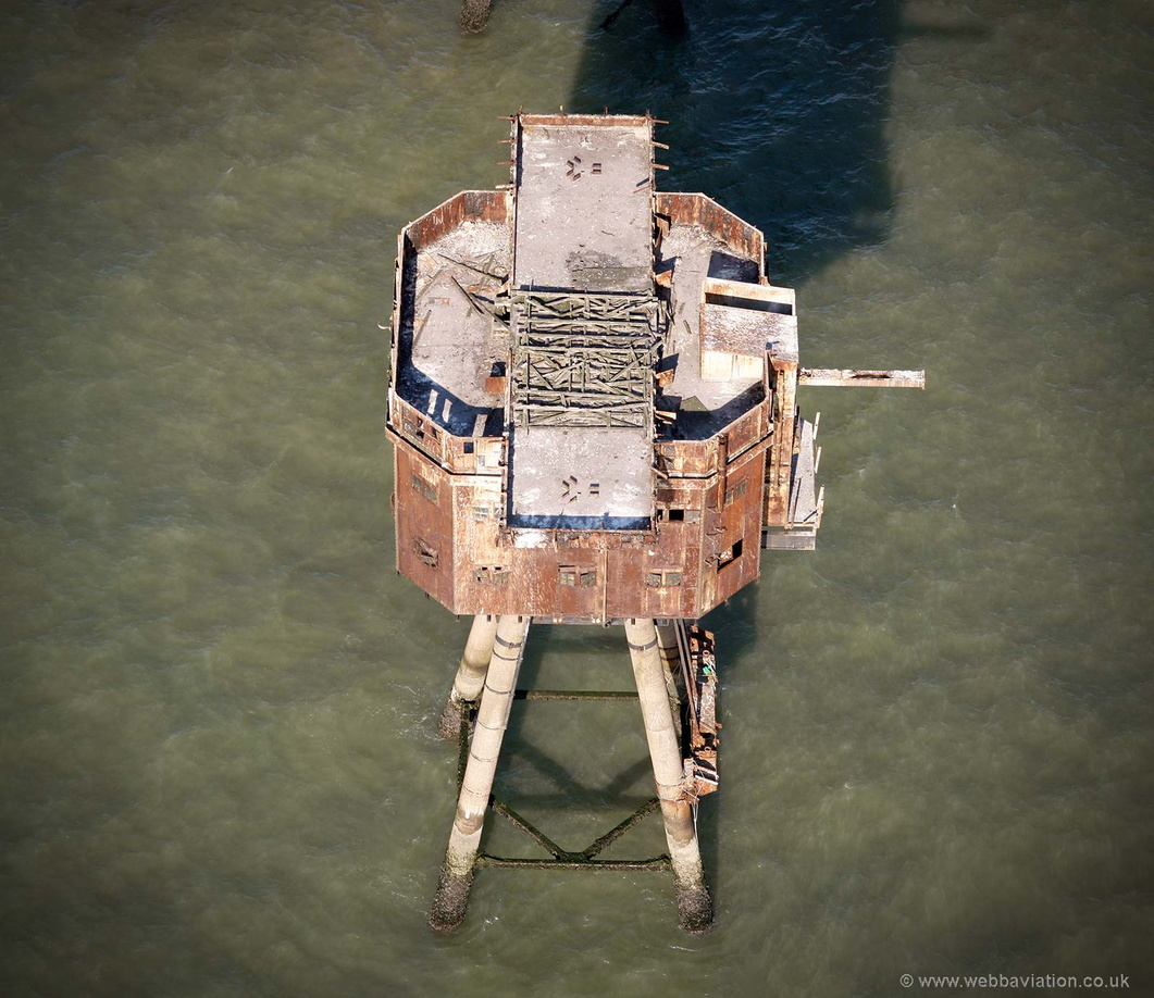 Red_Sands_Fort_Tower_db61210.jpg