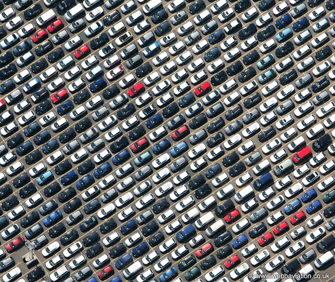 rows_of_cars_aa06453.jpg