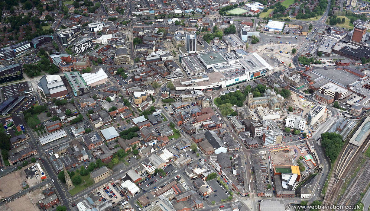 Blackburn_town_centre_jc21439.jpg