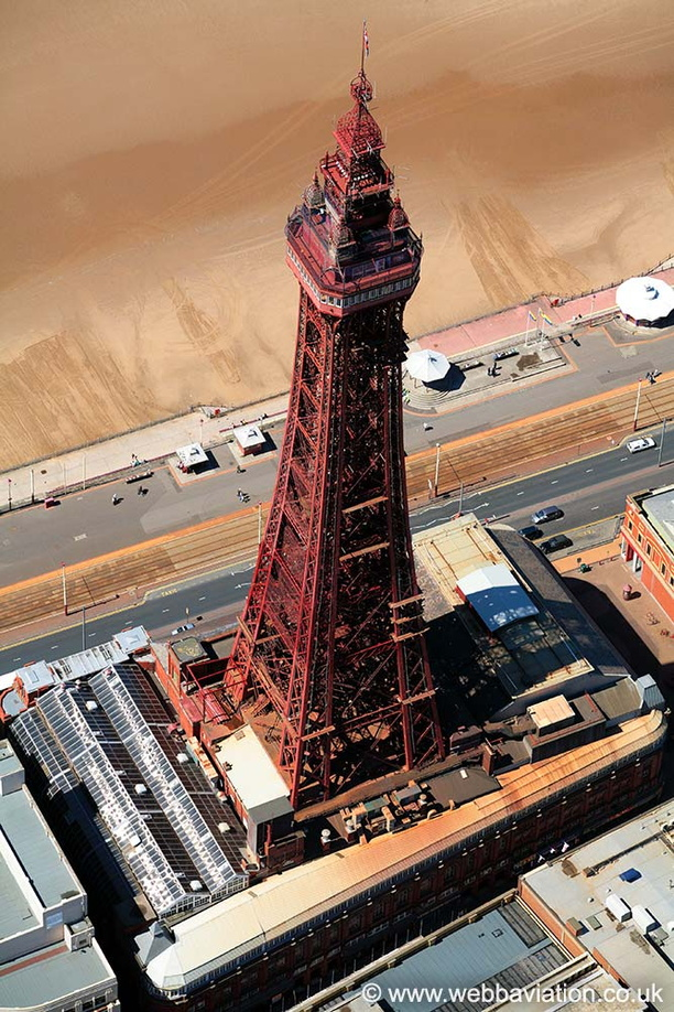 Blackpool_Tower_aa2529.jpg