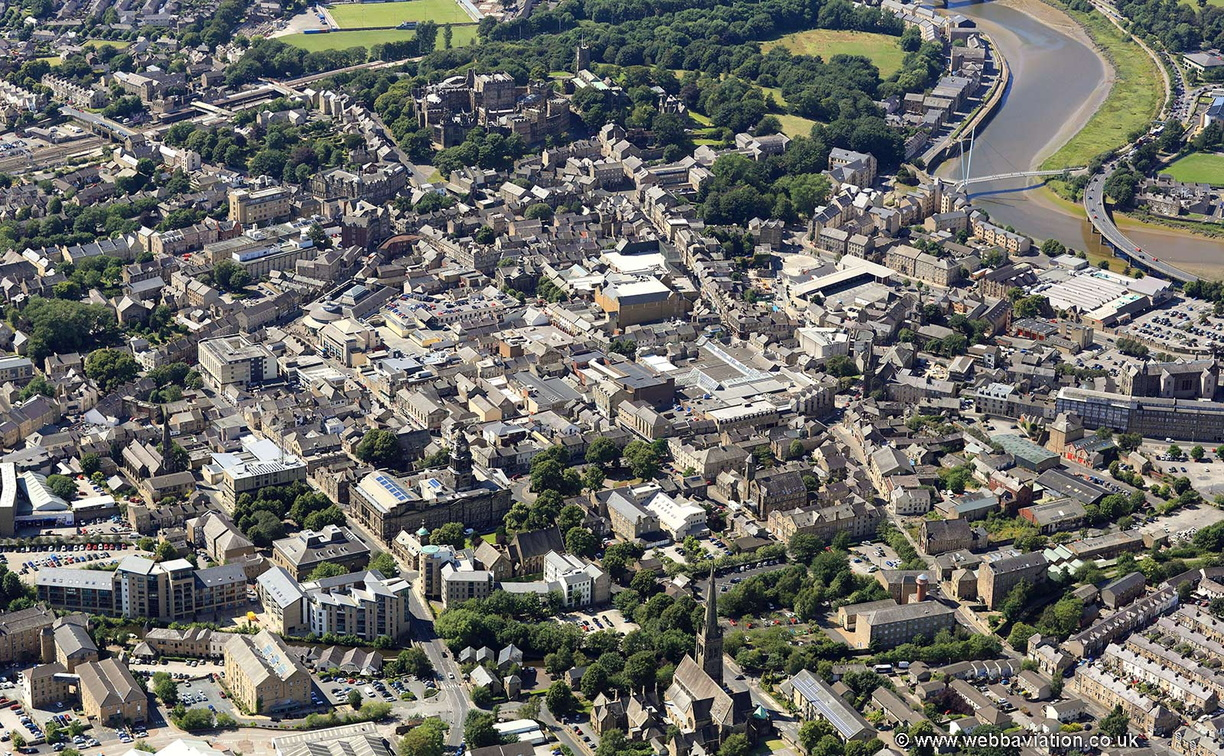 Lancaster_town_centre_air_ic16516.jpg