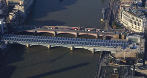 Blackfriars bridge solar panels hc59599