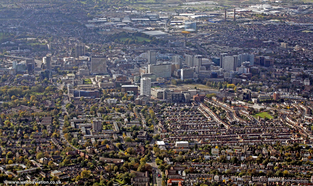 Croydon_aerial_photo_ba32411.jpg