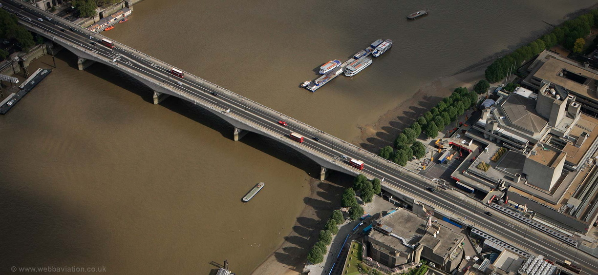 Waterloo_Bridge_gb26415.jpg