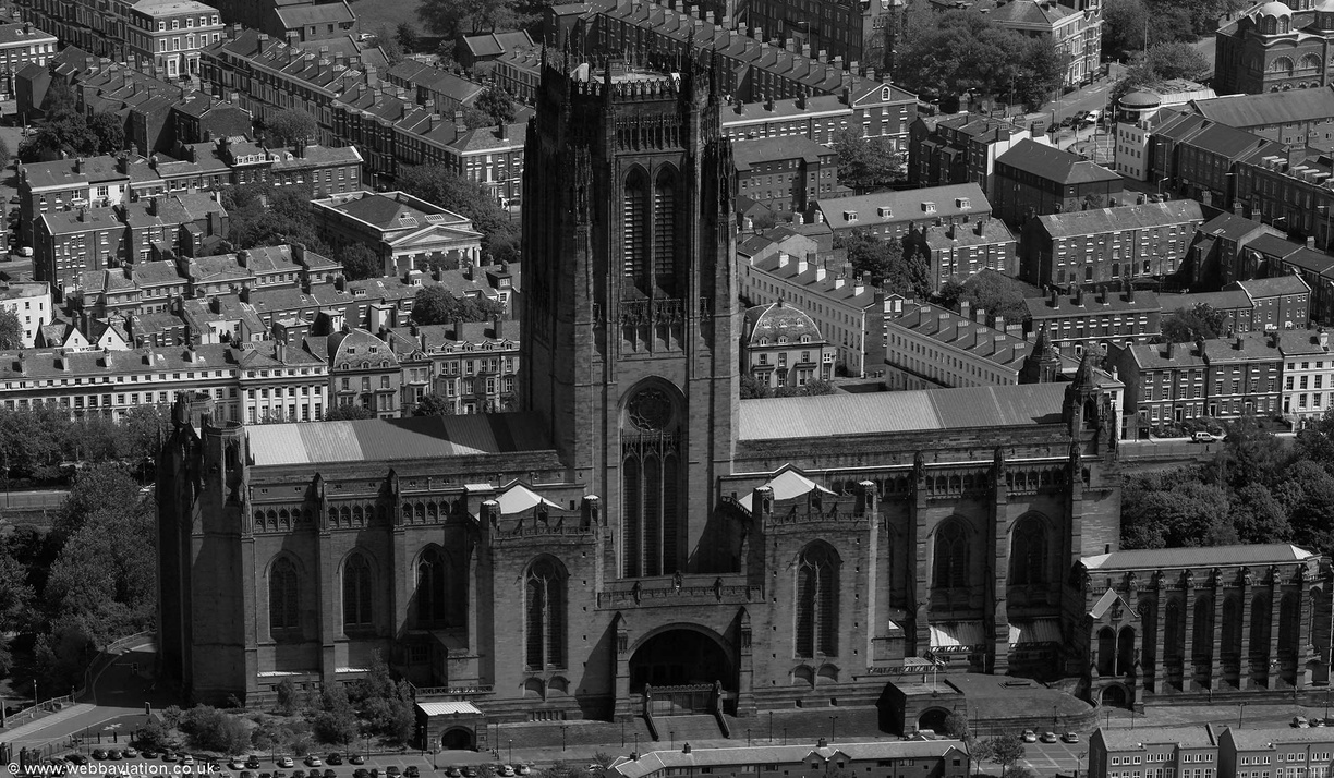 Liverpool_Anglican_Cathedral_fb12437bw.jpg