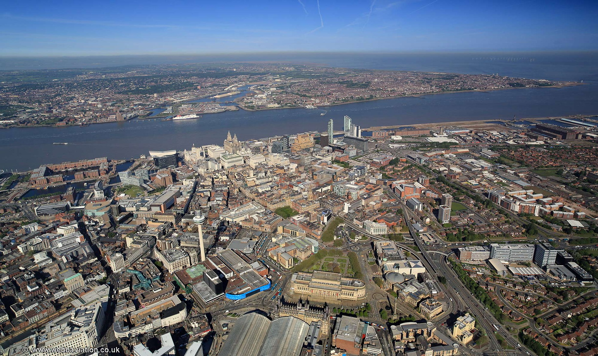 Liverpool_city_centre_aerial_hc35756.jpg