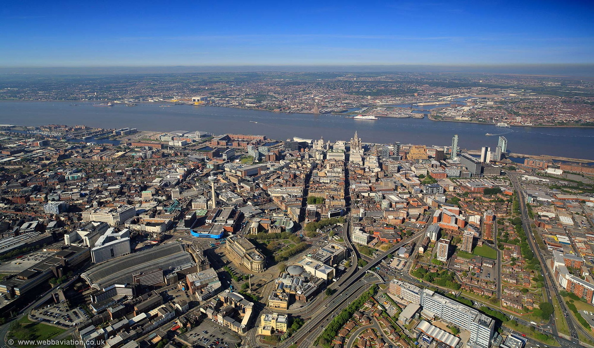 Liverpool_city_centre_aerial_hc35769.jpg