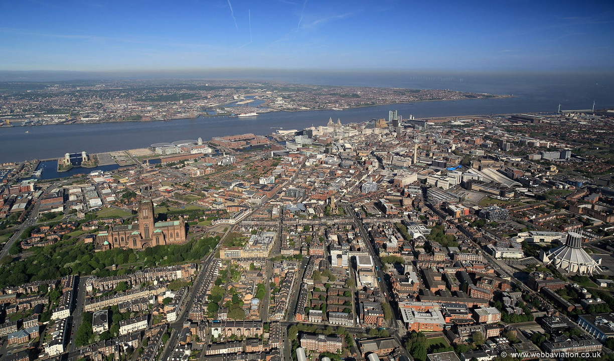 Liverpool_from_south-east_hc35714.jpg