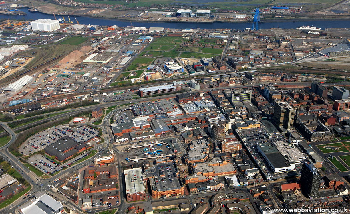 Middlesbrough_town_centre_air_eb11538.jpg