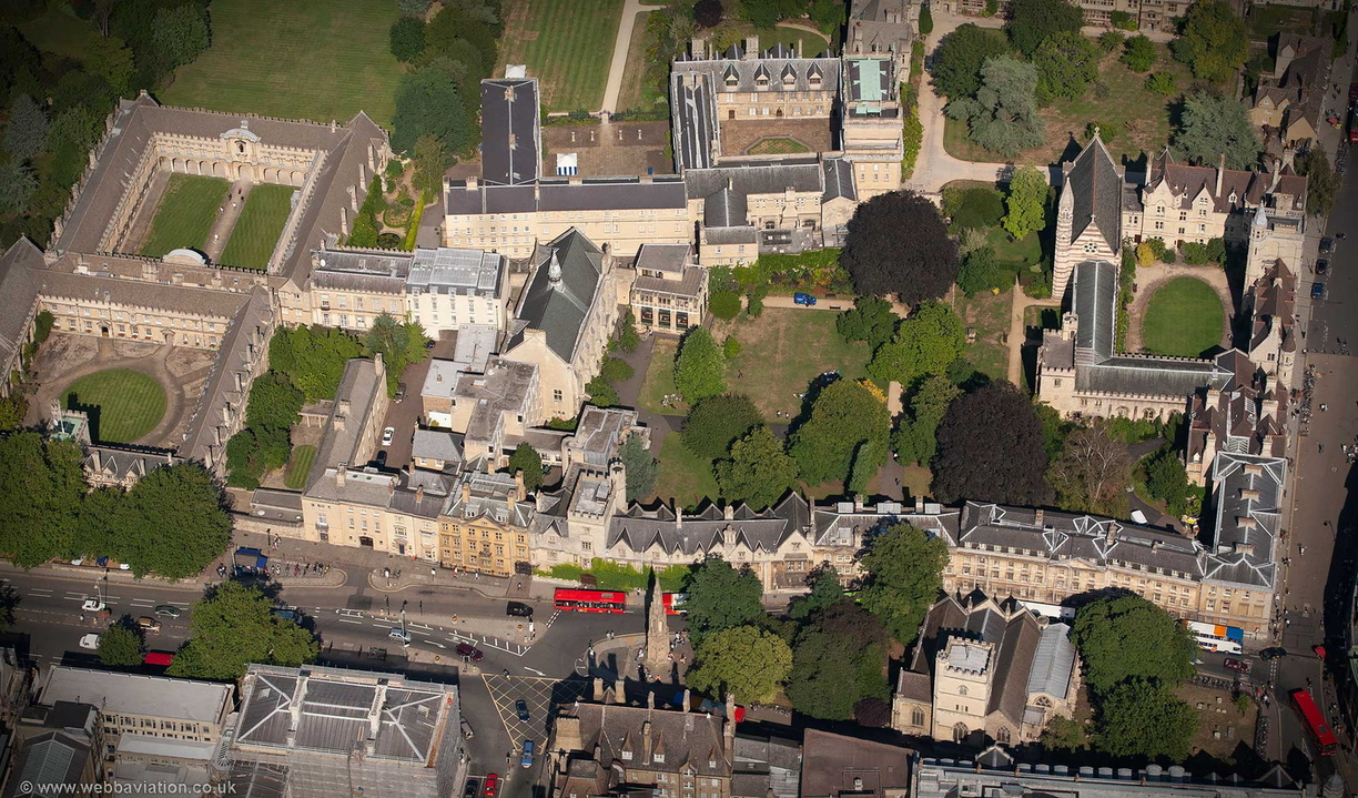 Balliol_College_Oxford_aa06942.jpg