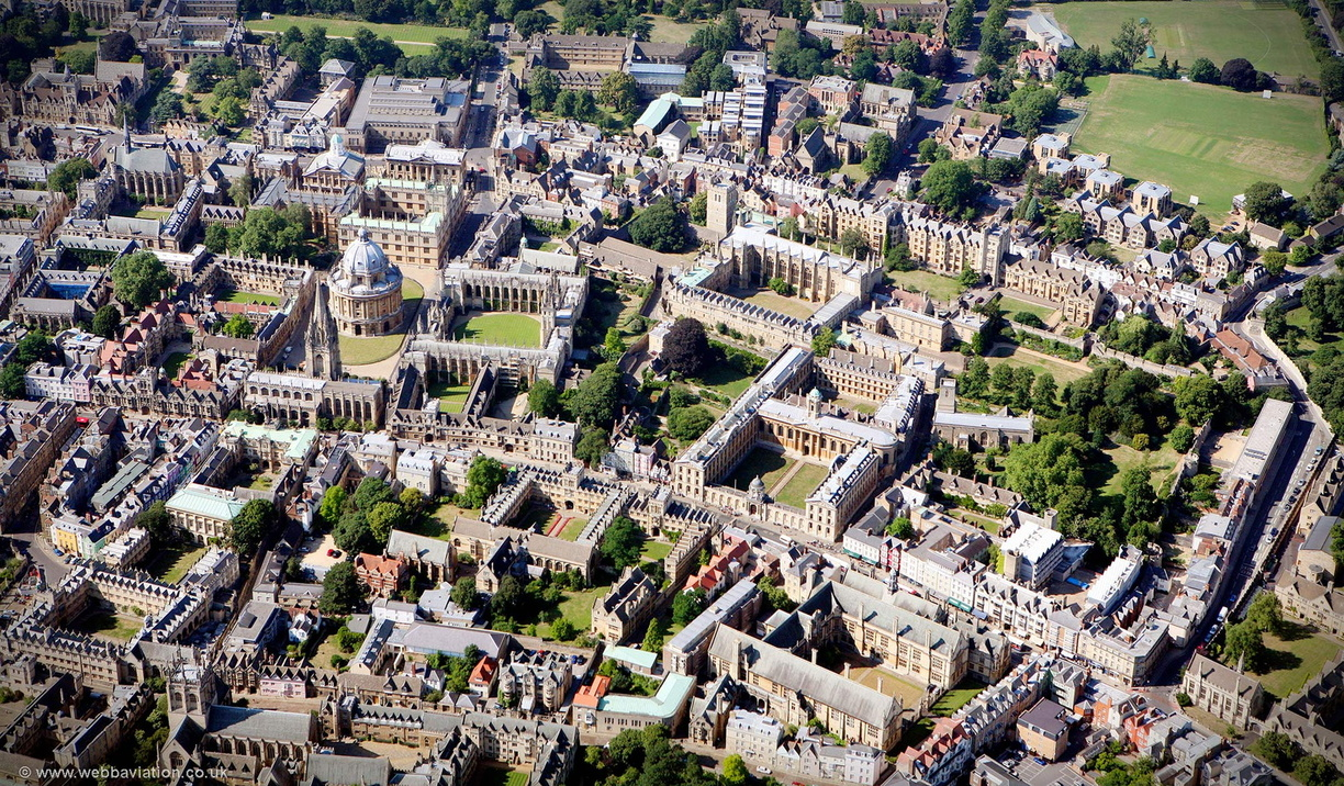 Oxford_University_aa06773.jpg