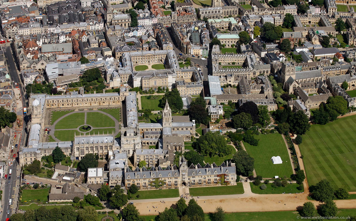 Oxford_University_cb26738.jpg