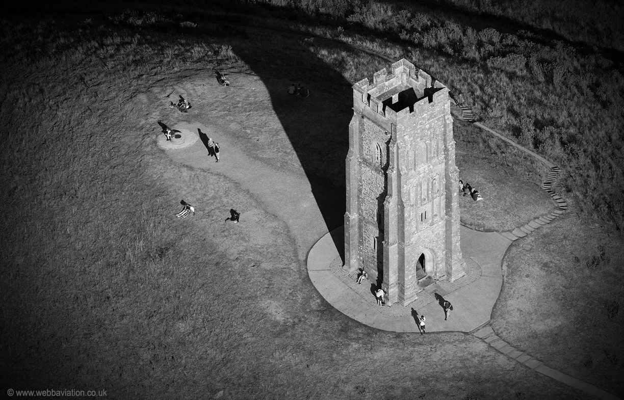 Glastonbury_Tor_md15156BlackWhite.jpg