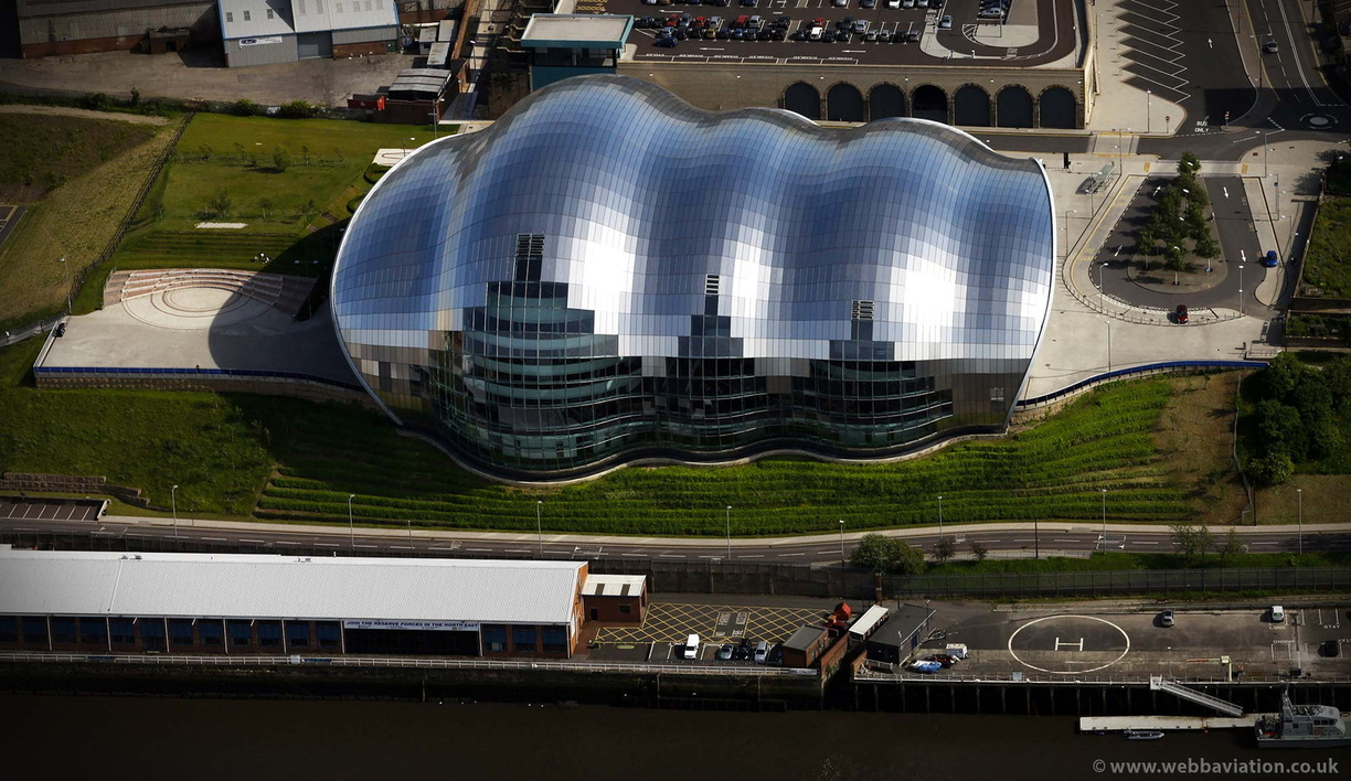 The_Sage_Gateshead_cb11912.jpg
