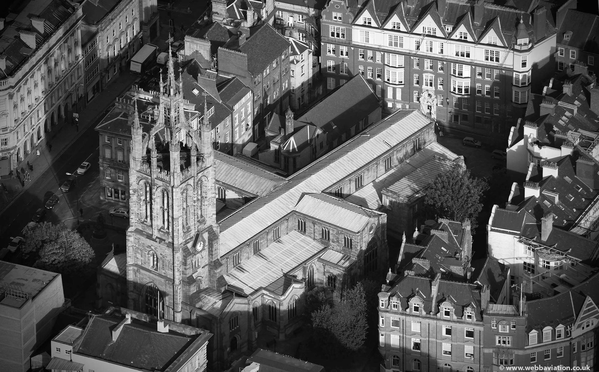 newcastle_cathedral_aa14143bw.jpg