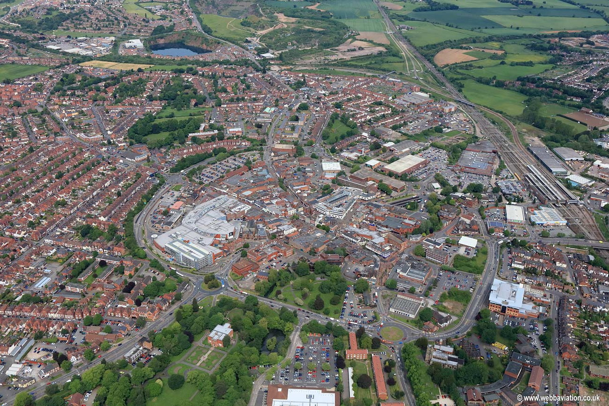 Nuneaton-aerial-photo-kd08448.jpg