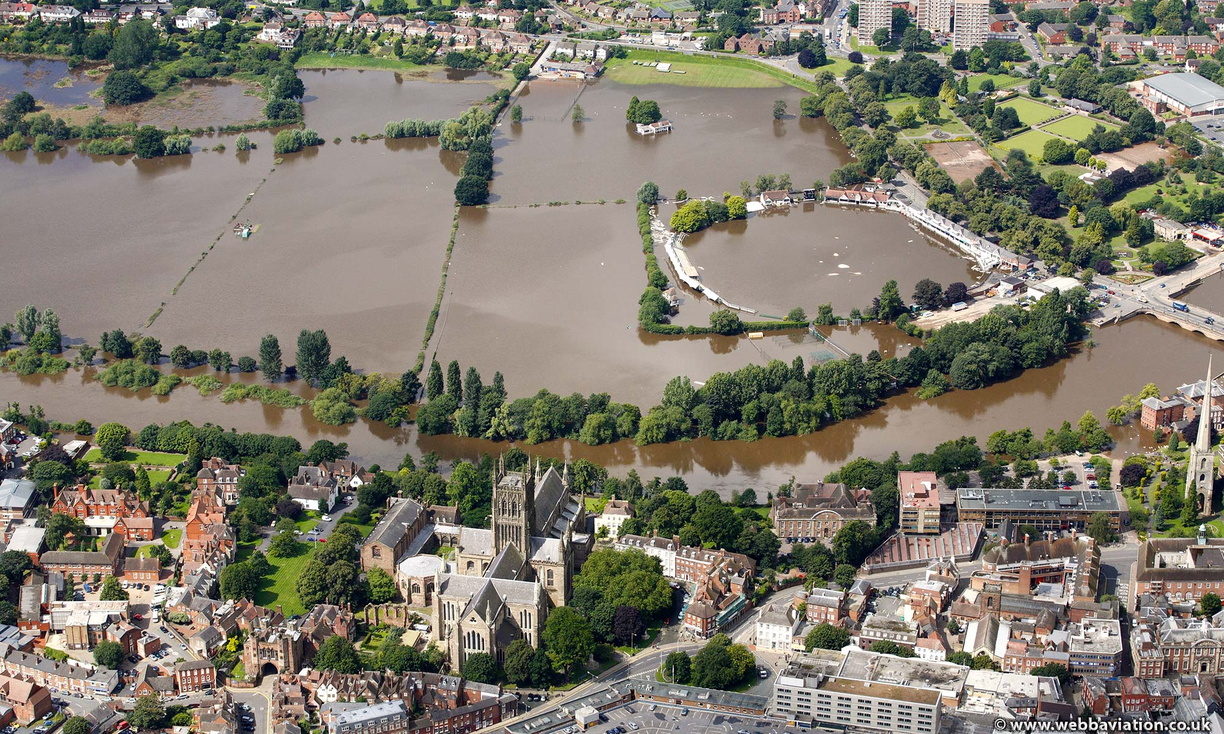 worcester-uk-flooding-ba18056.jpg