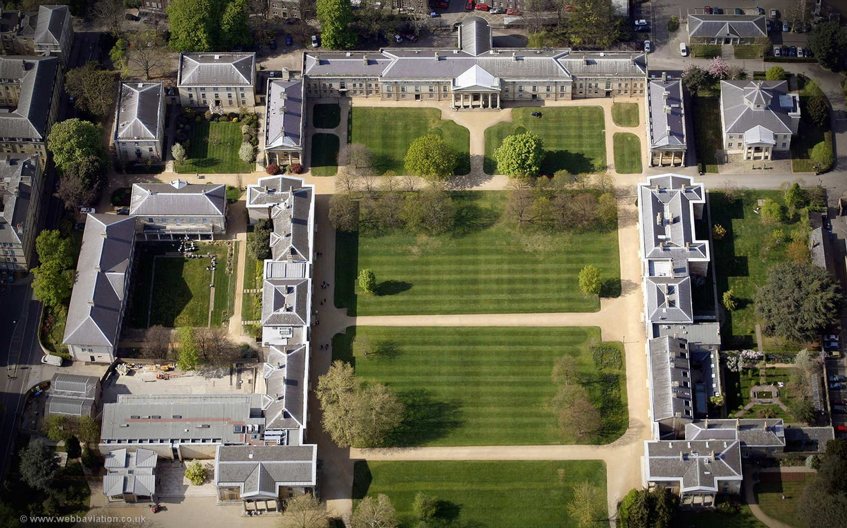 Downing_College_Cambridge_ba07866.jpg