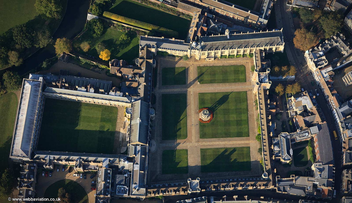 Trinity_College_Cambridge_fb32417.jpg