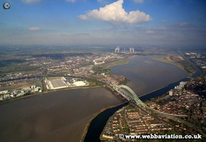 RiverMerseyRuncorn--ic06458