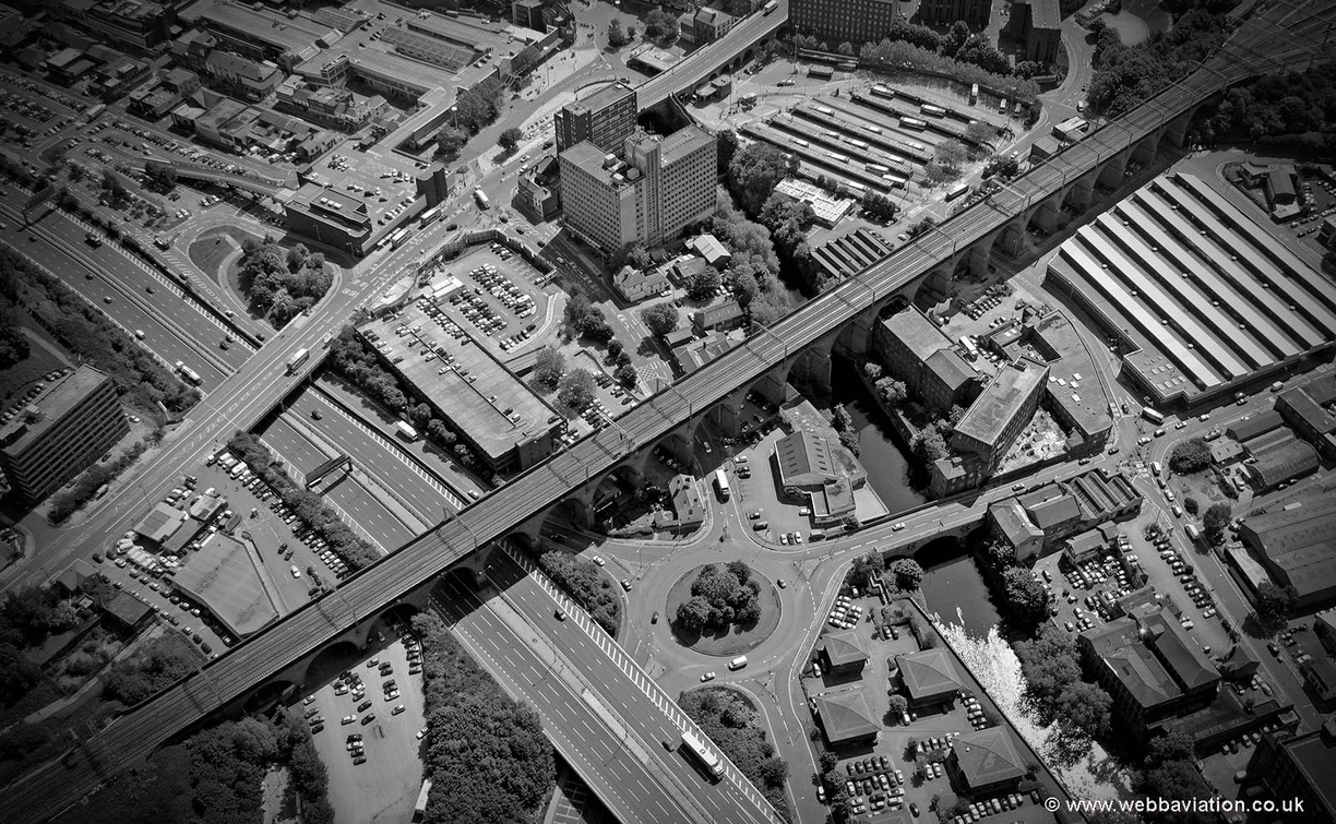 Stockport_Viaduct_MG6789bw.jpg