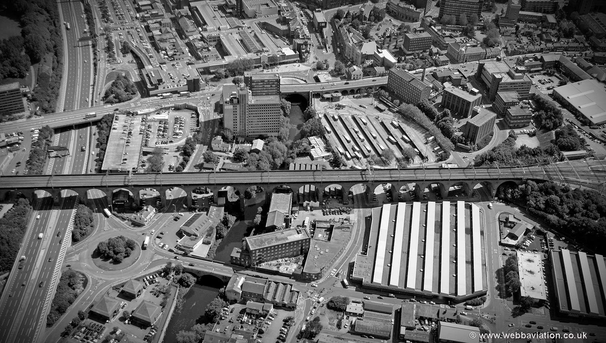 Stockport_Viaduct_MG6790bw.jpg