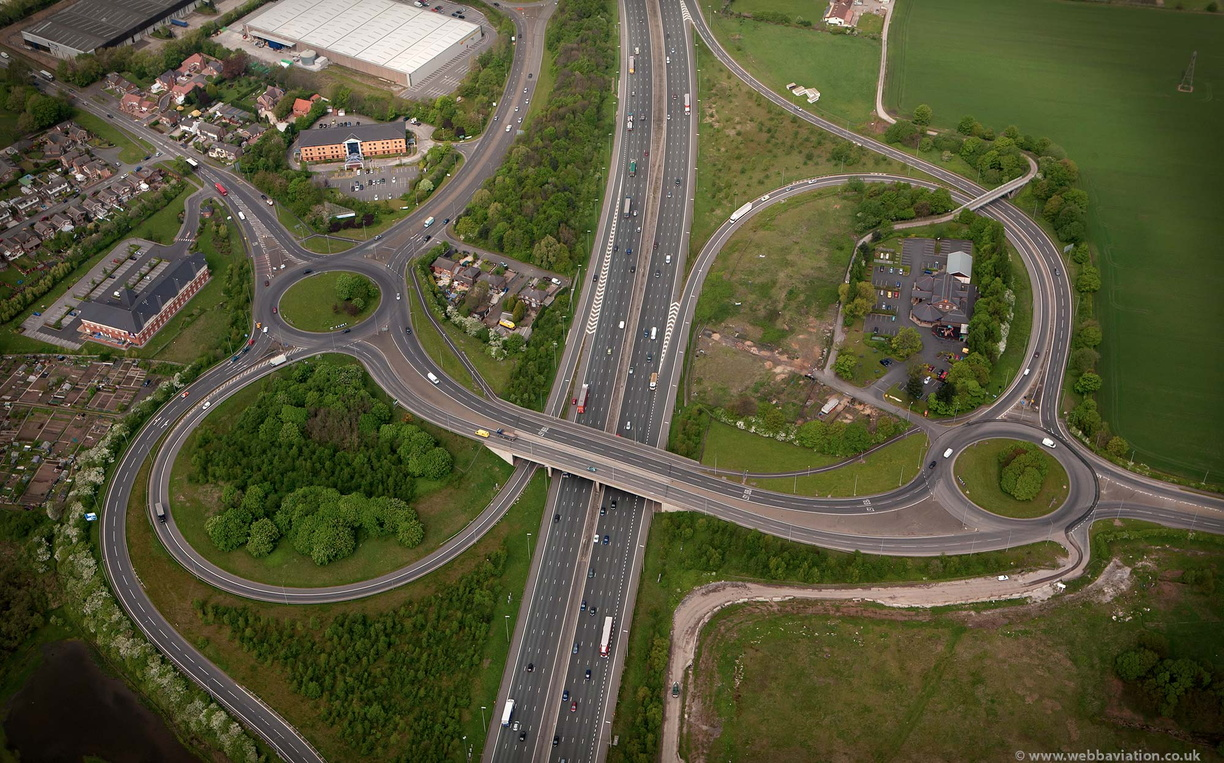 junction21m6motorway-ba08927.jpg