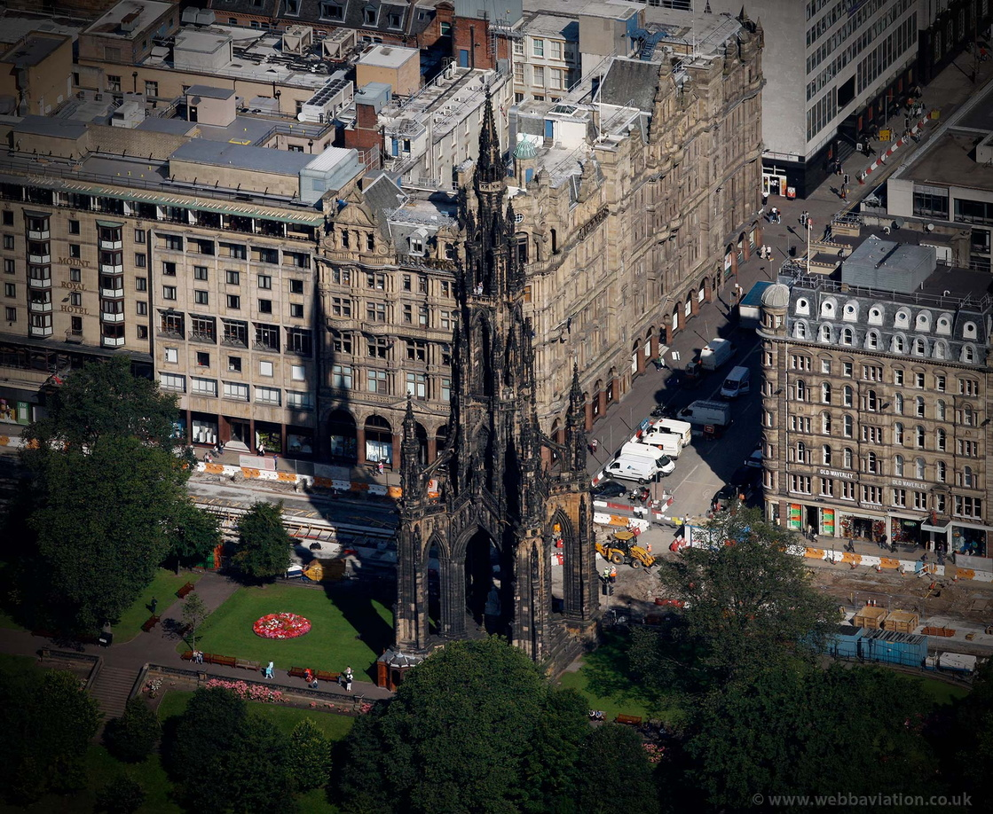 Scott_Monument_Edinburgh_db58738.jpg