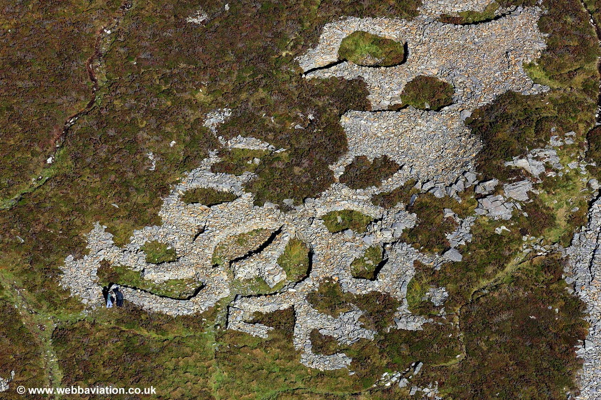 Iron_age_houses_Tre_r_Ceiri_ic32956.jpg