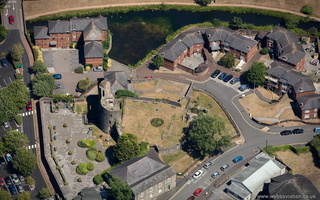 Neath Castle from the air ( Castell-nedd )
