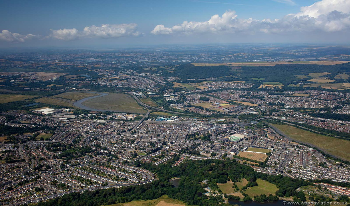 Neath_South_Wales_md09268.jpg