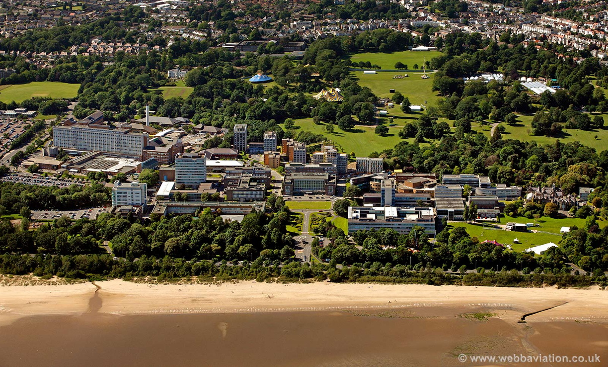 Swansea_University_cb14074.jpg