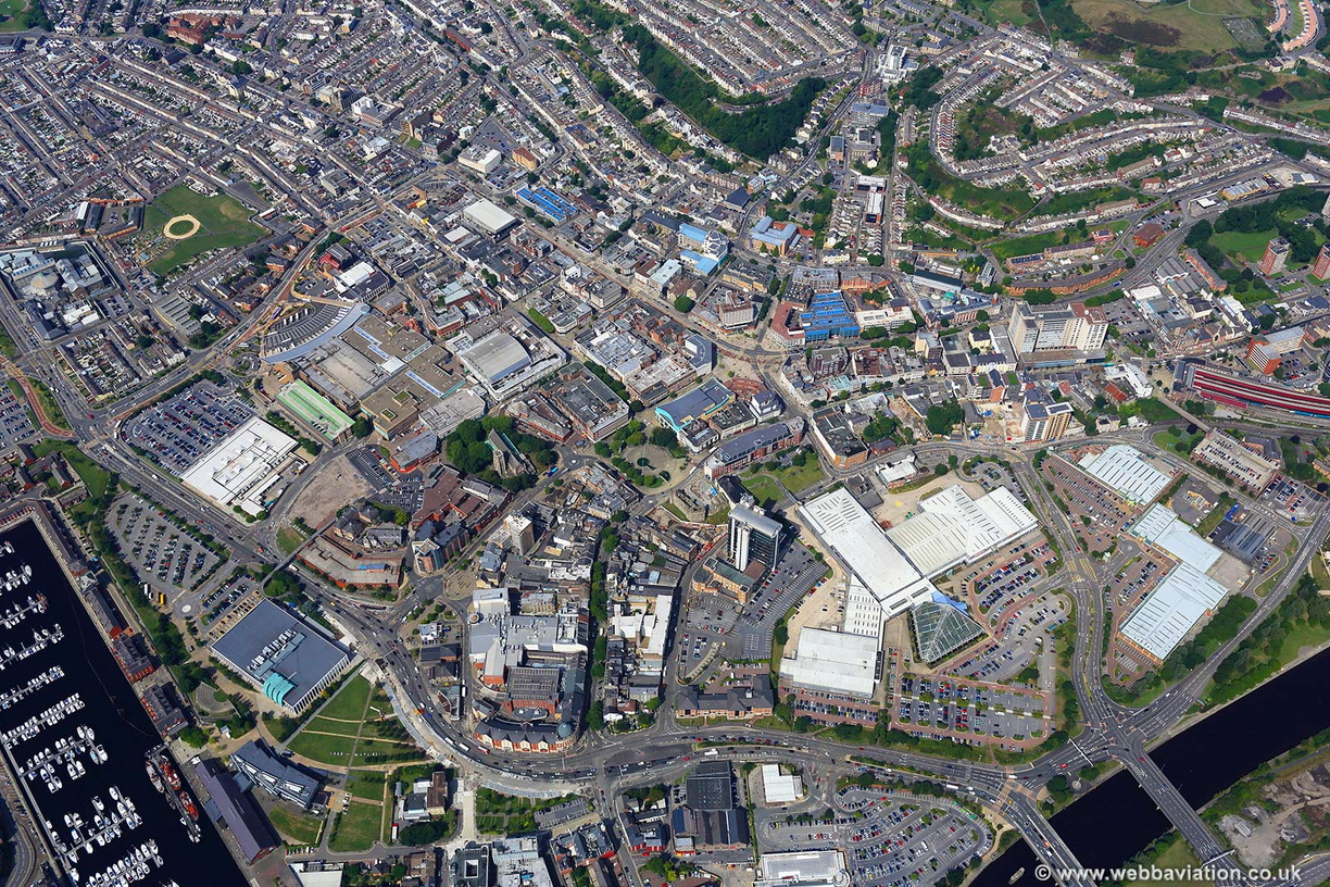 Swansea_city_centre_hc42180.jpg
