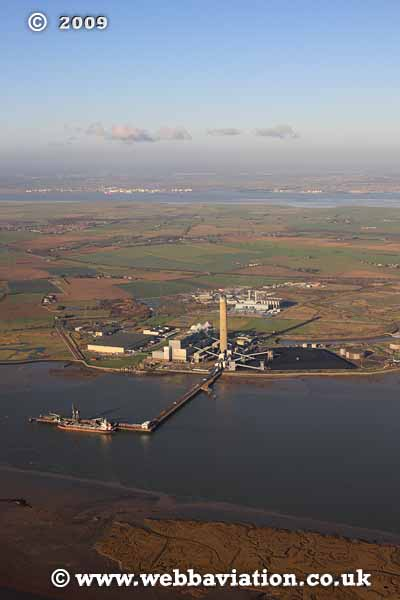 Kingsnorth Powerstation -db87382a