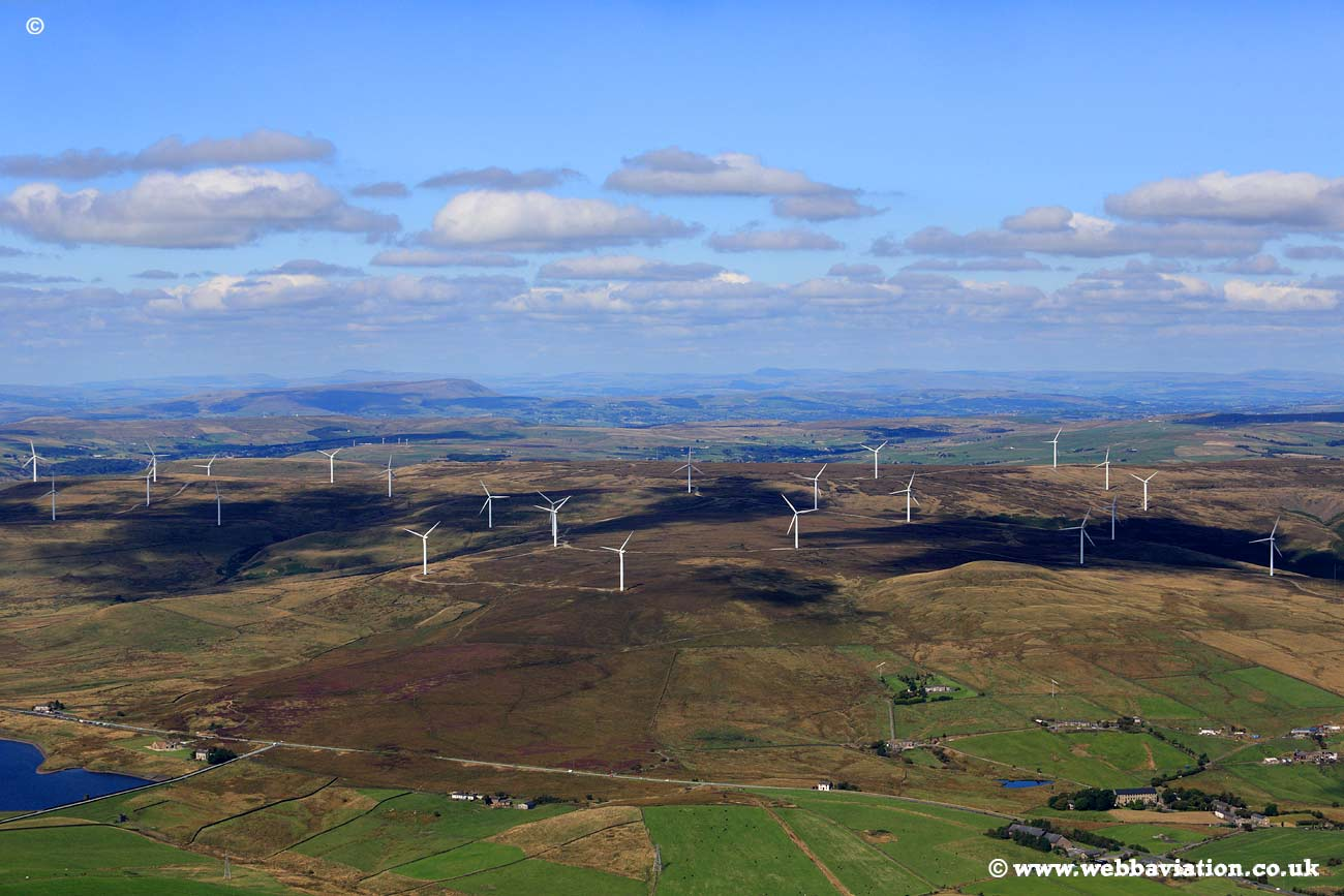 Scout Moor Windfarm -ic28001