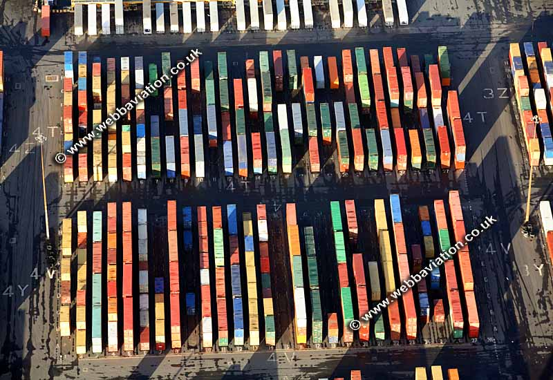 shipping-containers-aerial-aa14746b.jpg
