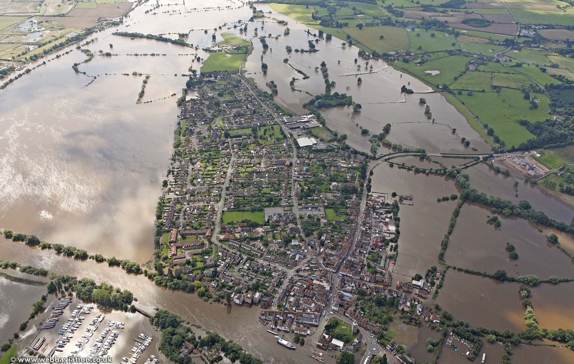 upton-upon-severn-worcestershire-flood-ba18281.jpg